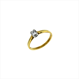 9ct Yellow Gold Second-hand Diamond Ring. Weight 1.9g