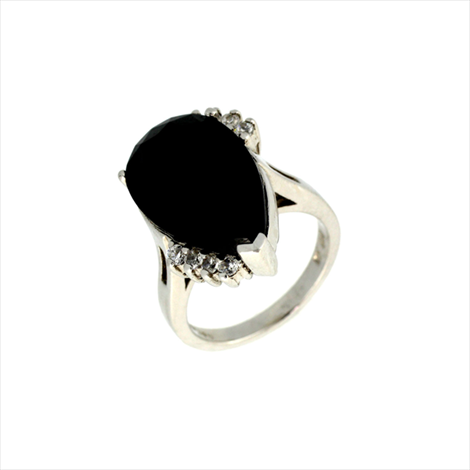 Silver Black and White Cubic Zirconia Ring. Weight 10.2g